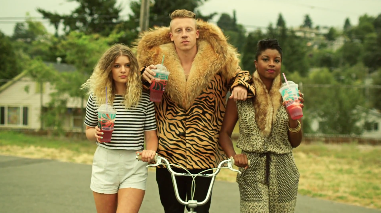 macklemore-scooter-closeup