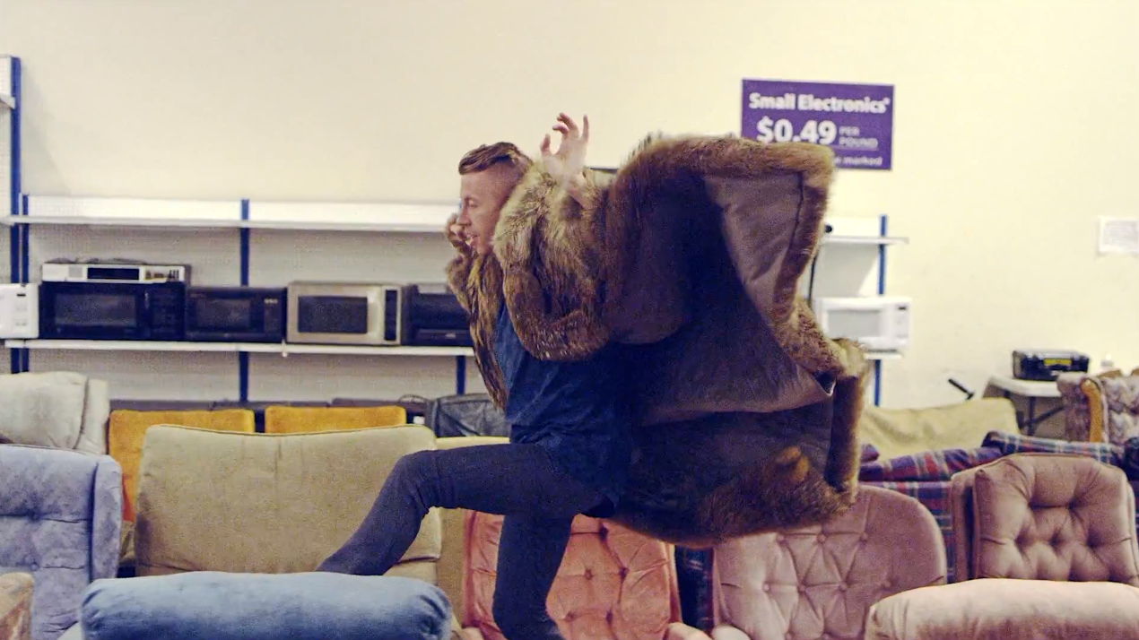 macklemore-sofa-jumping-two